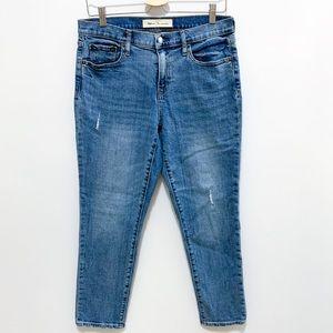 Gap Best Girlfriend Light Indigo Mid Rise Jeans